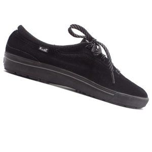 Women's Black Champion Luxe Suede Size  9.5